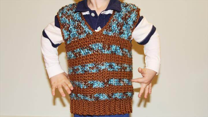 crochet boy's vest sweater - video tutorial for beginners