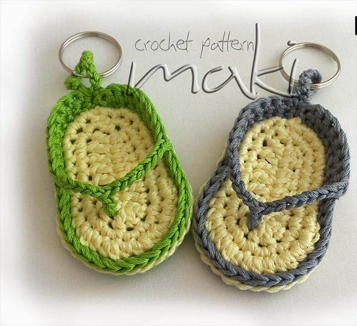 crochet-flip-flop-keychain