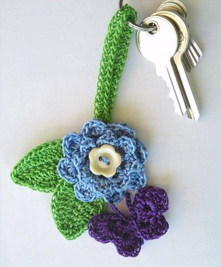 crochet-flower-keychain