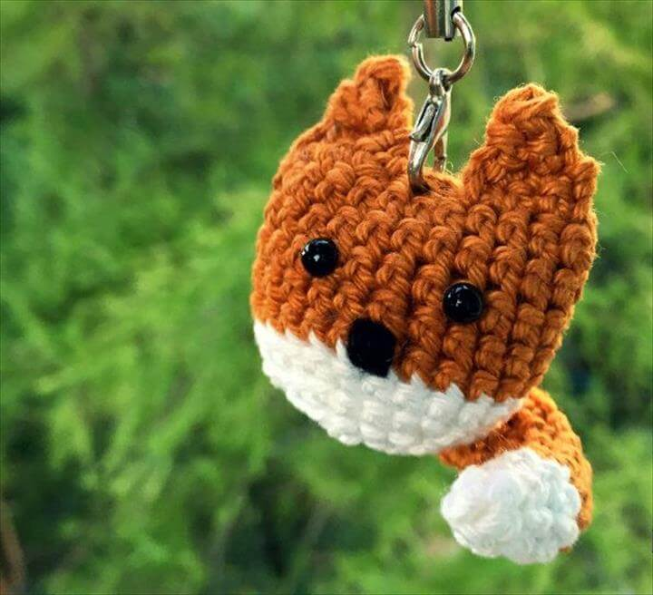 crochet-fox-keychain