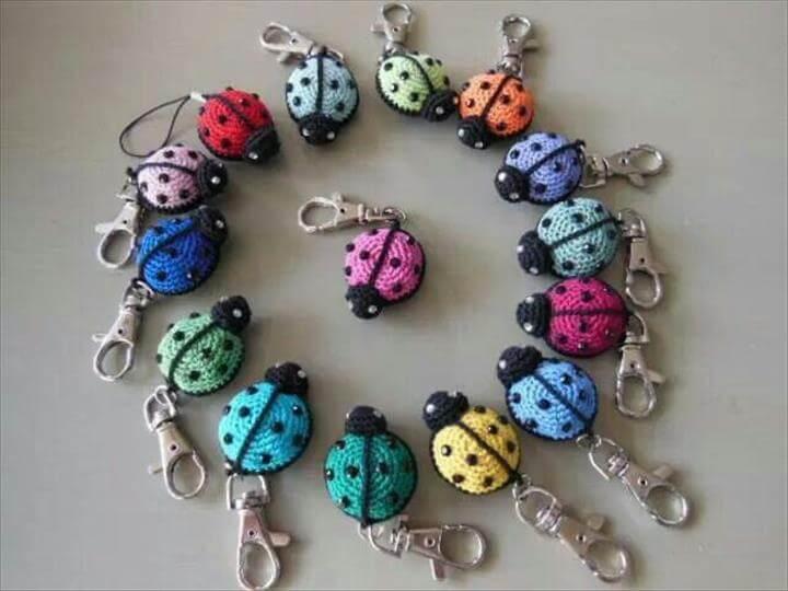crochet-ladybug-keychain