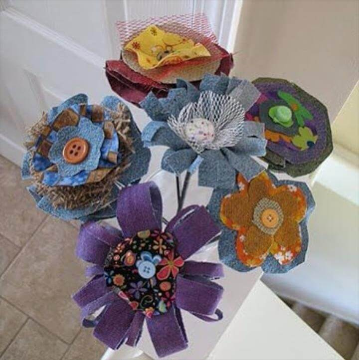 DIY Crafts with Old Denim Jeans -Denim Fabric Flowers - Cool Projects and Fashion You