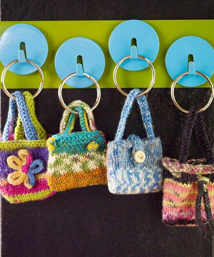 mini-key-ring-purses-knitting-pattern