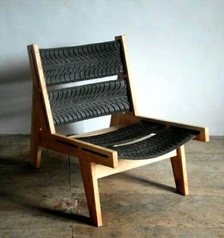 Big chair without armrests