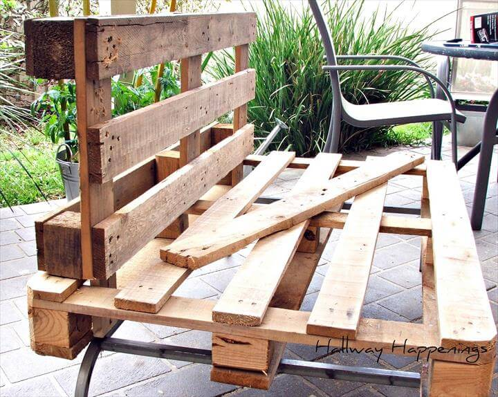 Pallet Patio Couch 22 cheap & easy pallet outdoor furniture | diy to make
