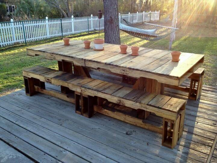 22 cheap easy pallet outdoor furniture diy to make. Black Bedroom Furniture Sets. Home Design Ideas