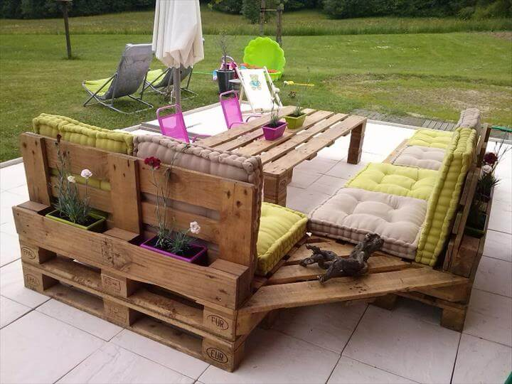 Garden Furniture Out Of Crates 6 unusual and cool garden furniture ideas for diy projects