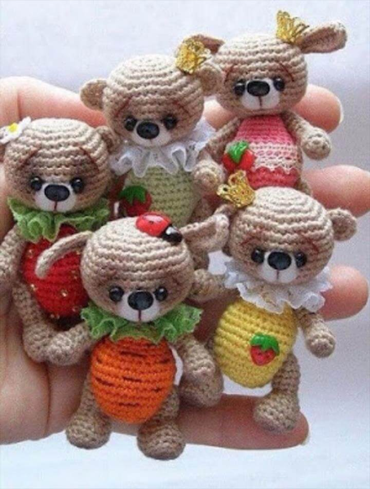 teddy-bear-keychain-crochet-pattern