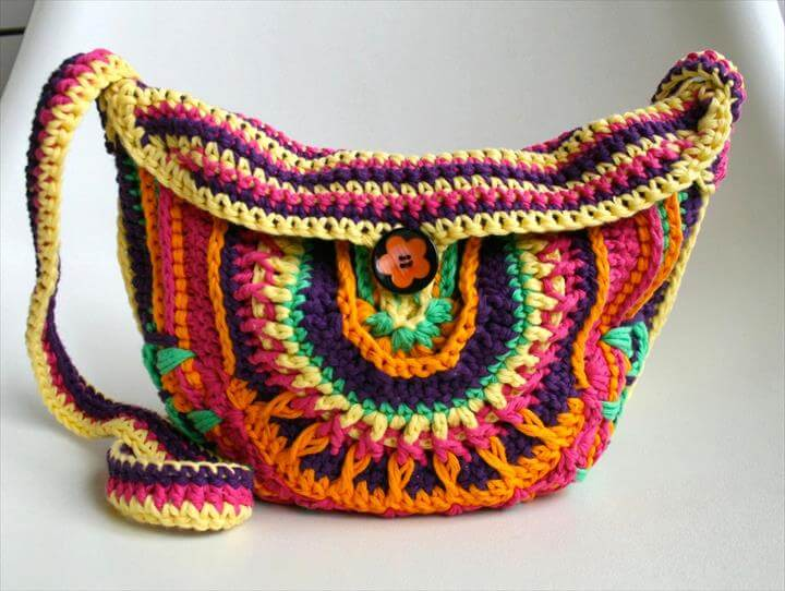 New boho crochet purse pattern… and a new collection of bags patterns