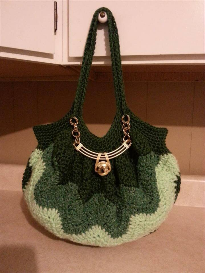 Crochet A (Chevron Stitch) Handbag Purse Tutorial