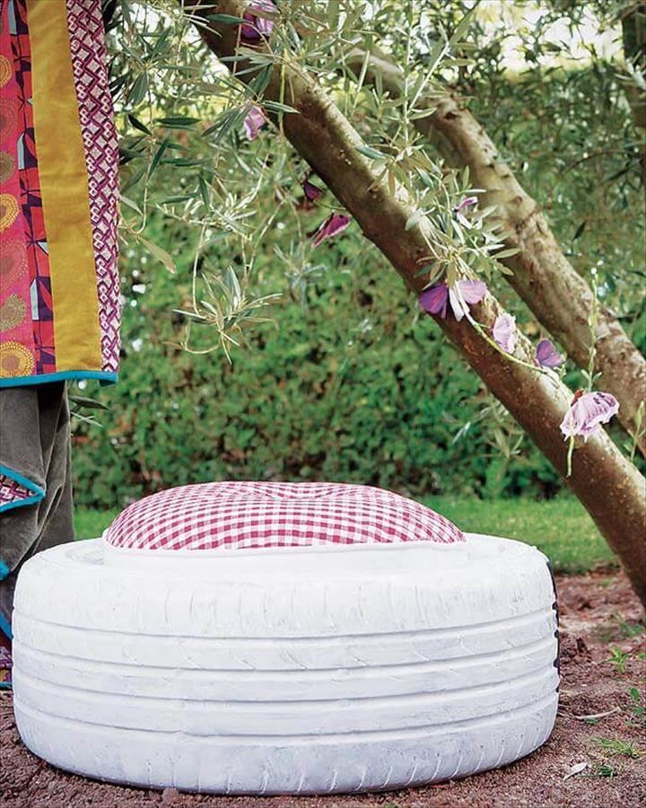 garden stool fronm old tires