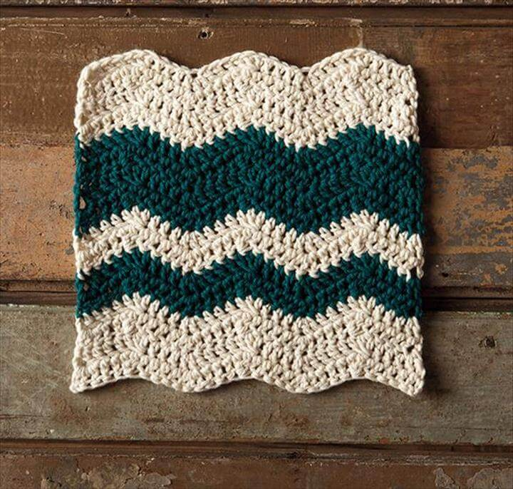 Wavy Chevron Crochet Dishcloth - Knitting Patterns and Crochet Patterns