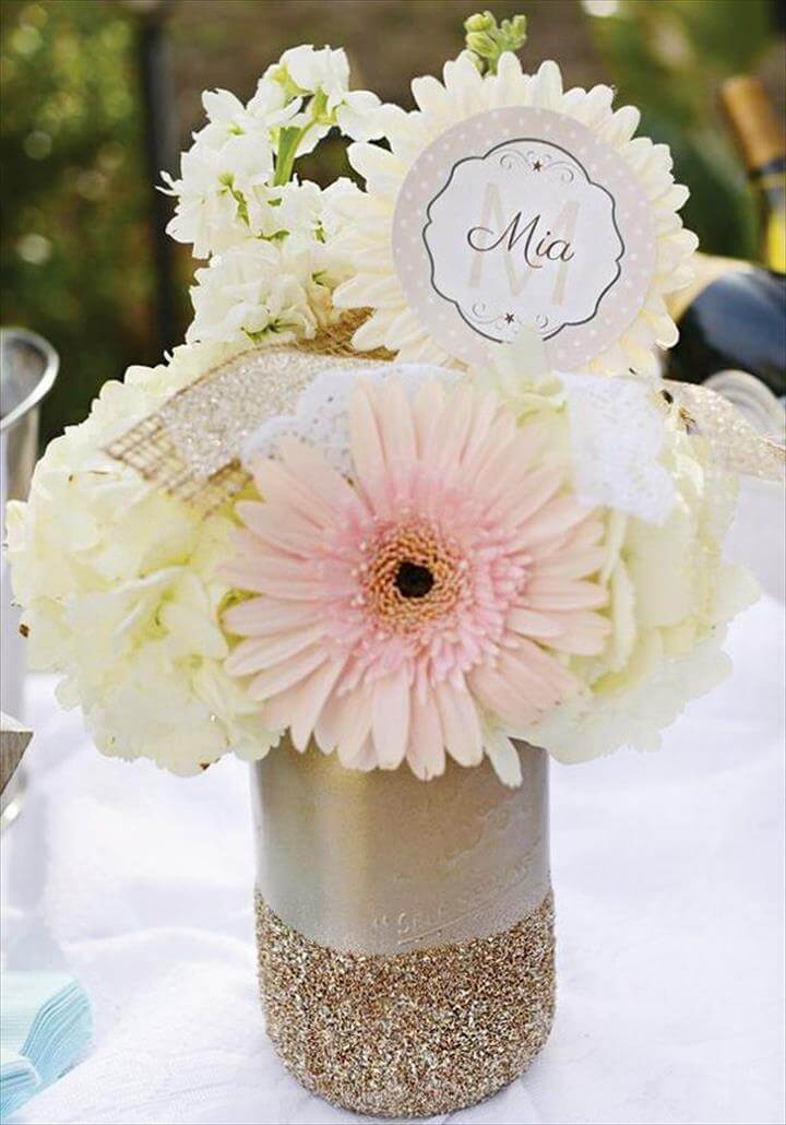 Baby shower mason jar, with beautiful white flowers