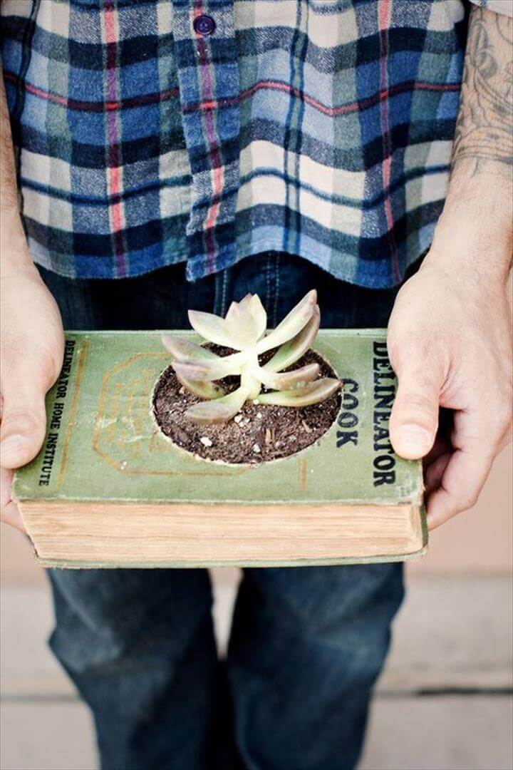 DIY Projects For Your Old Books