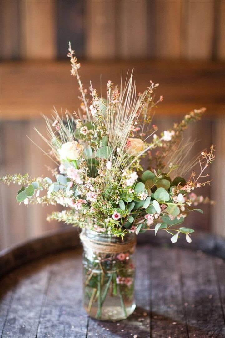 Masterful Mason Jar Wedding Ideas