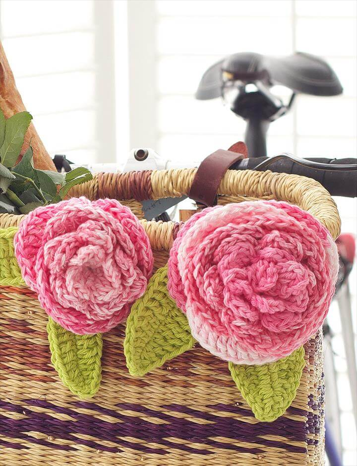Cabbage Roses from Yarnspirations
