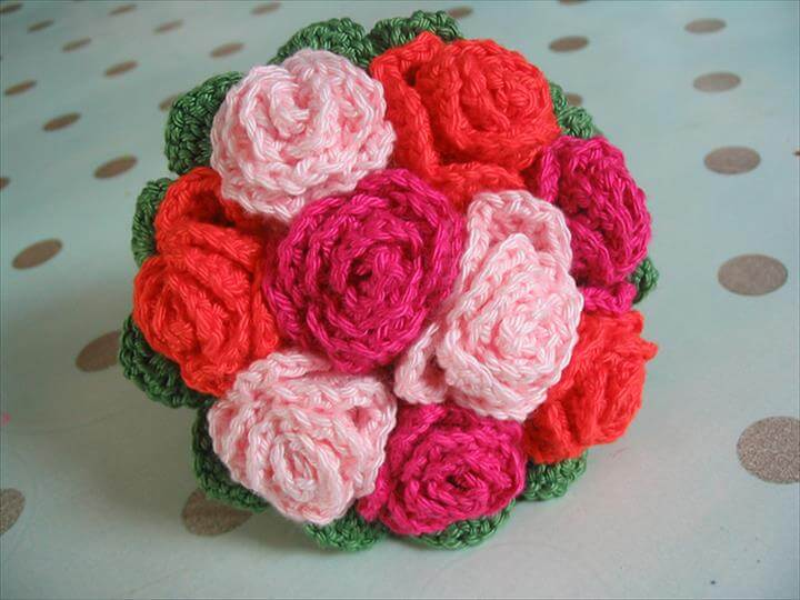 Crochet flower patterns and Crochet flowers