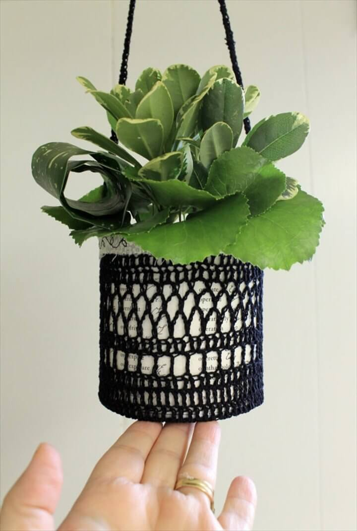 13 Easy Crochet Flower Pot Hanging