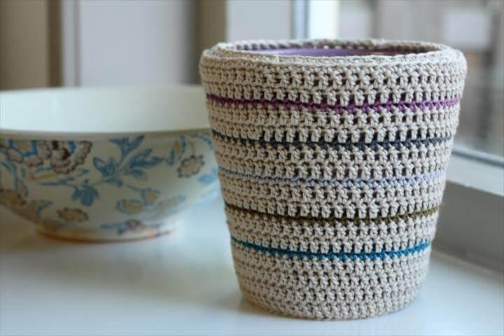 Crochet plant pot cozy