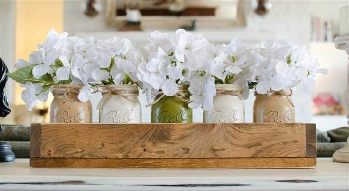 Painted Mason Jars.Wedding Decor. Table Centerpiece. Cream. Rustic Home Decor.