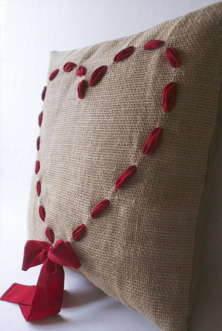 Heart Burlap Pillow, Pillow Tutorial, Diy Pillow Covers and DIY