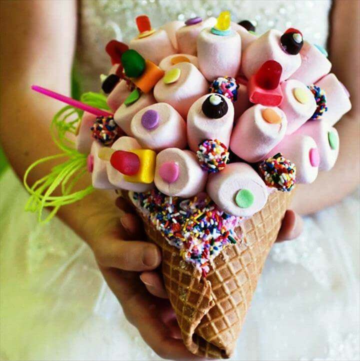 DIY Candy Bouquet. Iwould combine paper cone as this.