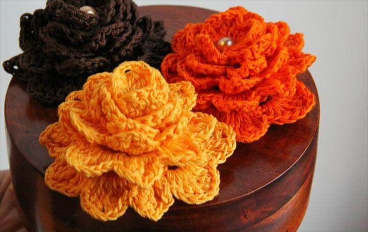Free crochet flower patterns and Free pattern