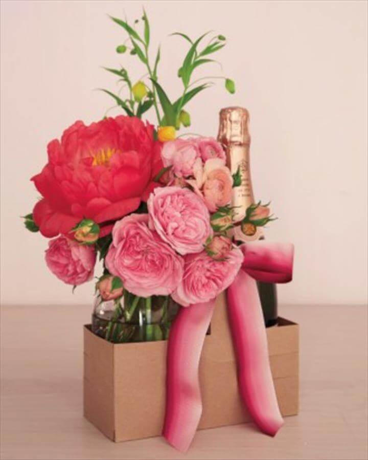DIY ideas for Valentine's day bouquet red pink
