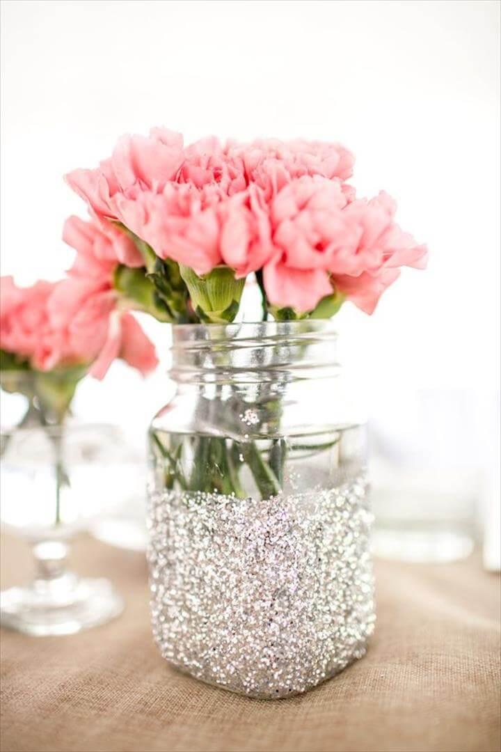 Dipped Mason, Glitter Mason Jars, Glitter Dipped, Glittered Vase, Gold Glitter, Diy Glitter, Things Glitter, Mason Jar Diy, Mason Jar Flowers