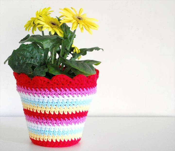 20 free crochet flower pot patterns diy to make for Design patterns for pot painting