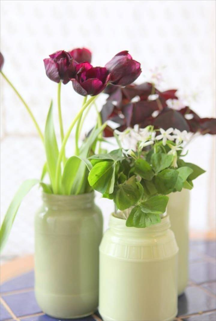 Painted mason jars as vases