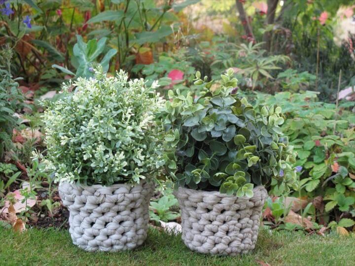 Fashion crochet flower pots