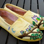12 Gorgeous Hand-painted Shoe & Sneaker Ideas