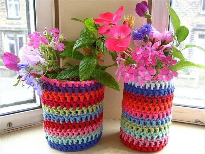 Flower pot covers--good for recycling yarn scraps & outdated pots !