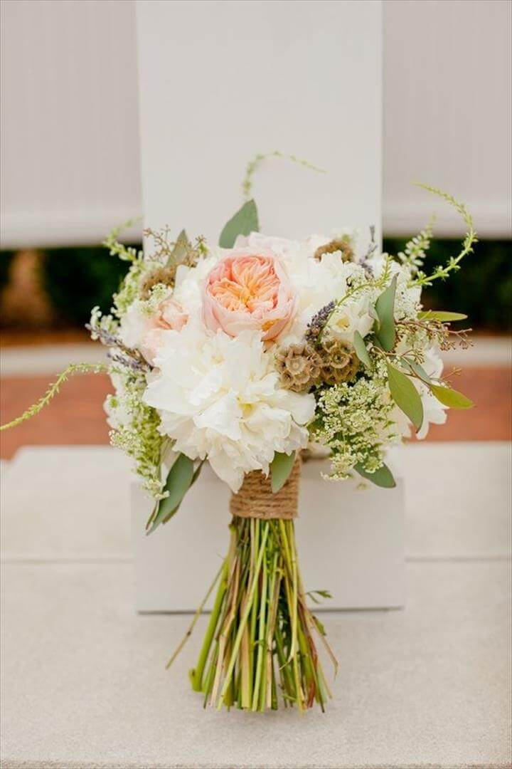 27 do it yourself bouquets ideas diy to make for Bridal flower bouquets ideas
