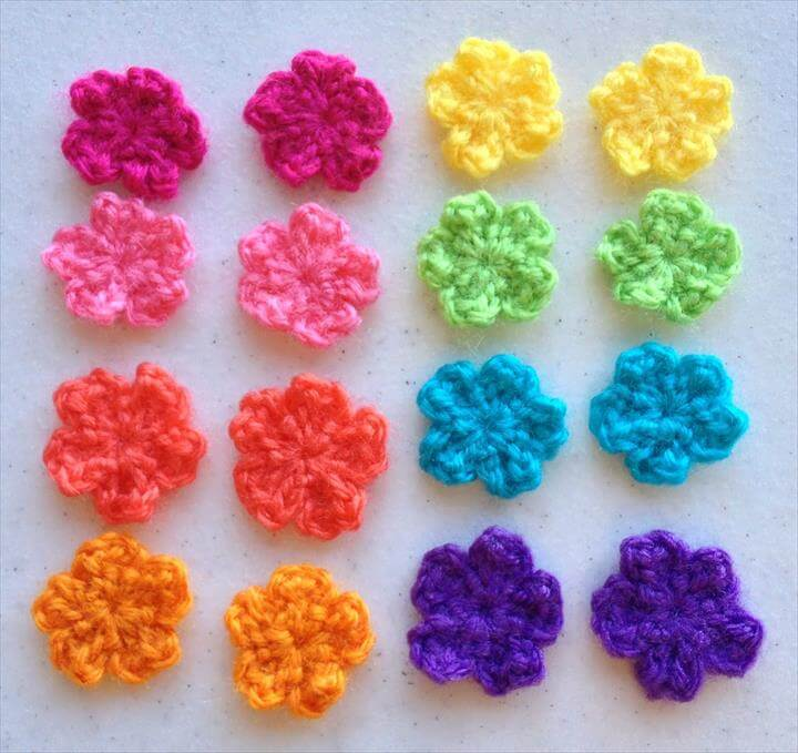 Small Flower Crochet Pattern