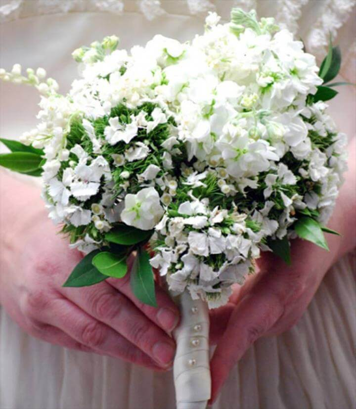 Middleton's bridal bouquet on a budget- learn how to diy