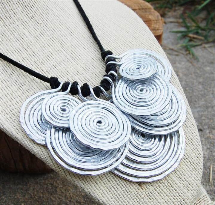 Metal Bib Necklace, Aluminum. Disc. Wire Jewelry