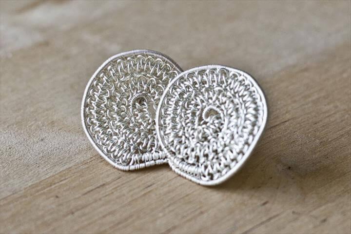 Woodsen Stud Post Earrings, Wire Jewelry Tutorial