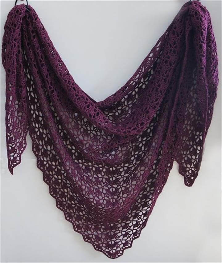 Speaking of shawls, this one is my favourite crochet patterns
