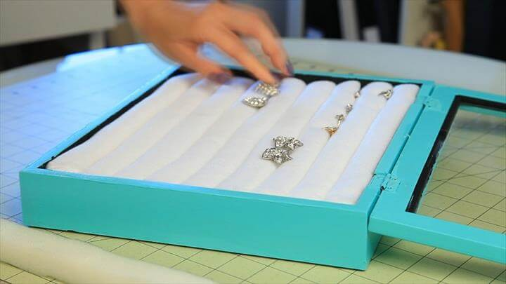 DIY Top 10 DIY Jewelry Box Ideas By Angela Jordanovska Published on October 2, 2014 Share Tweet Comment Tiffany & Co inspired Jewelry Box