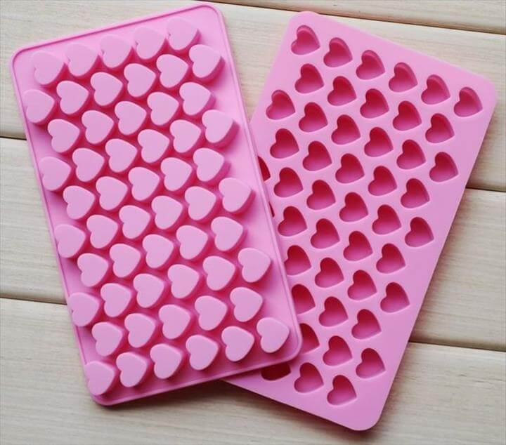 best & top rated Dimart Mini Heart Silicone Mould Tray