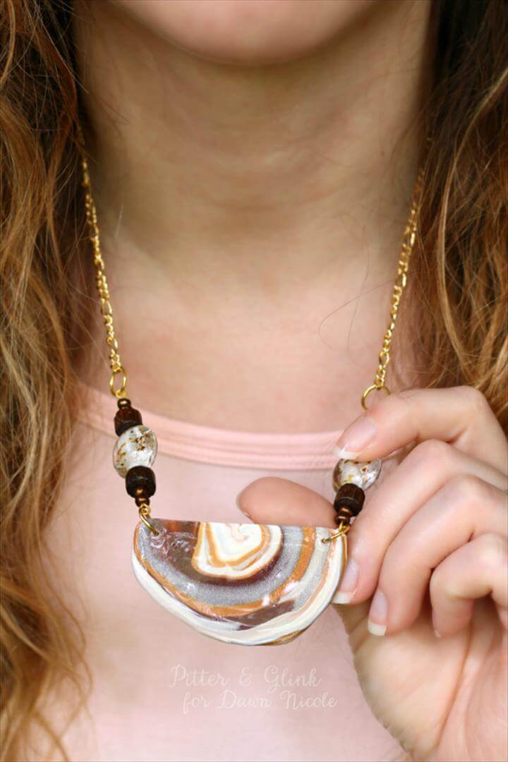 DIY Jewelry Tutorials: Faux Agate Necklace