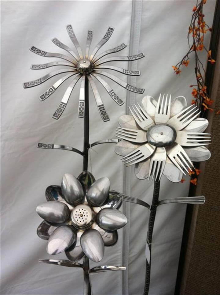 DIY upcycling ideas floral decoration old cutlery