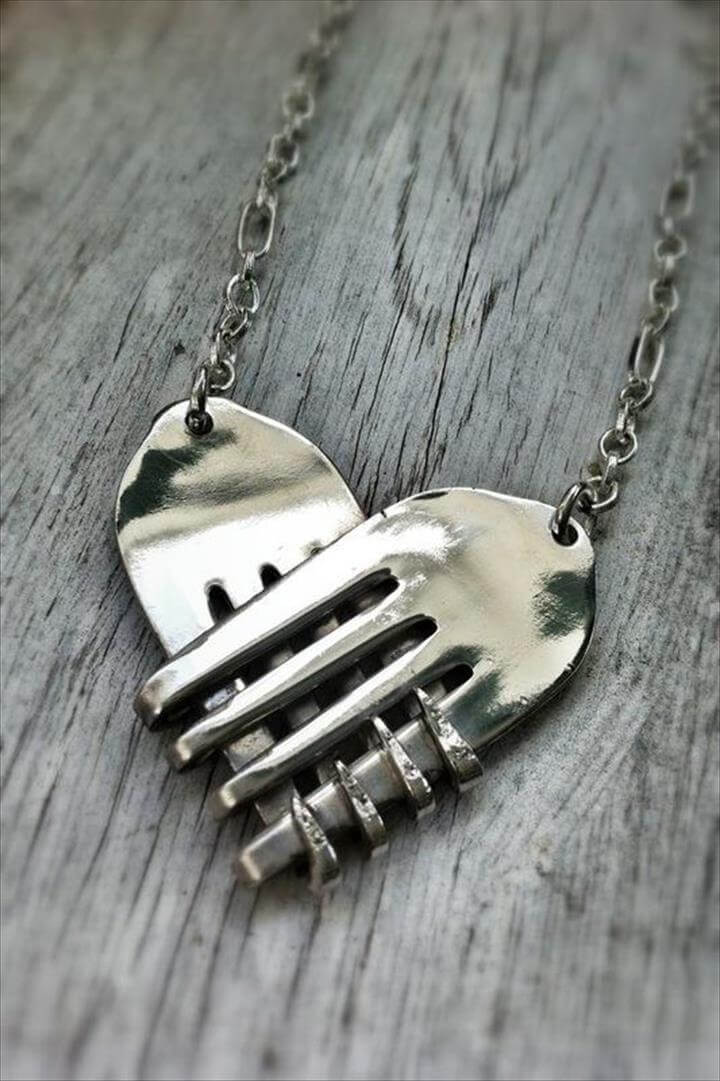 fork necklace
