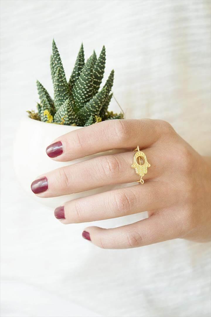 Gold Chain Hamsa Ring