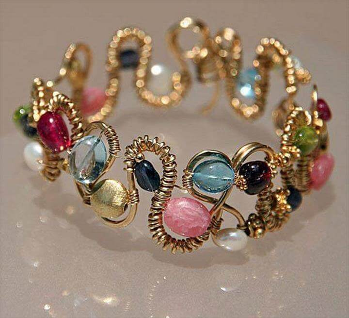beaded bracelet with wire and beads