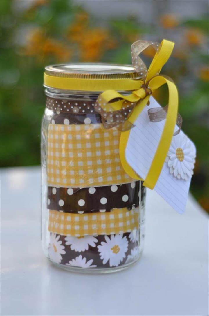 Apron in a Jar Gift Idea for the Folks Who Loves to Cook