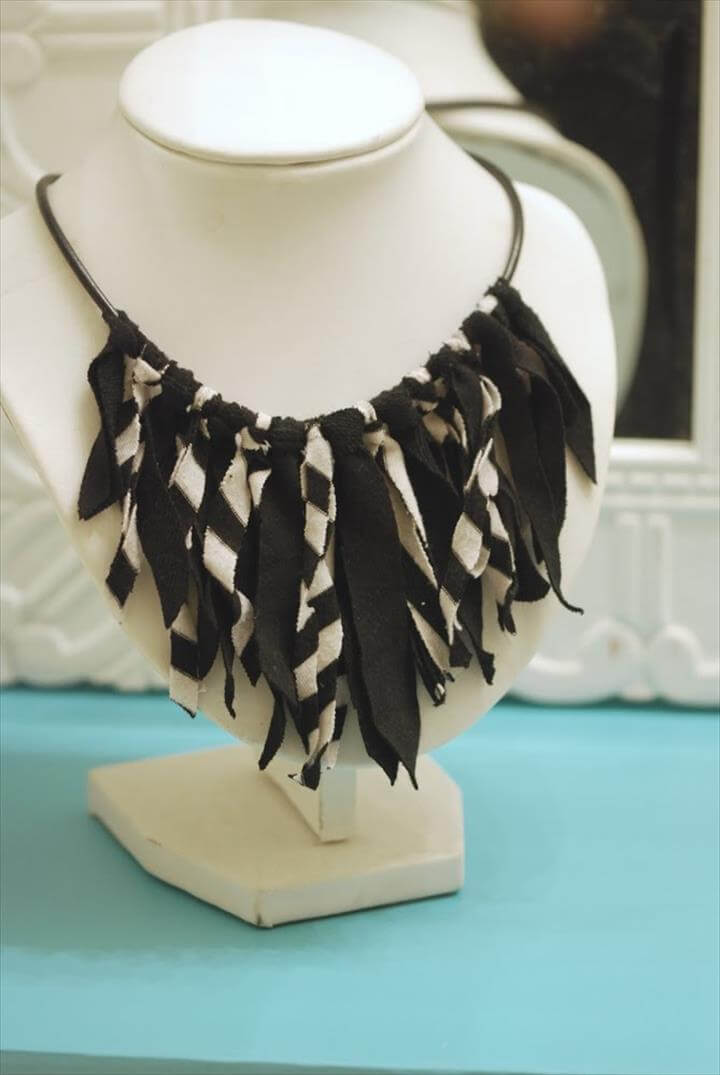 27 Easy To Make Diy Fashion T Shirt Into Jewelry Ideas