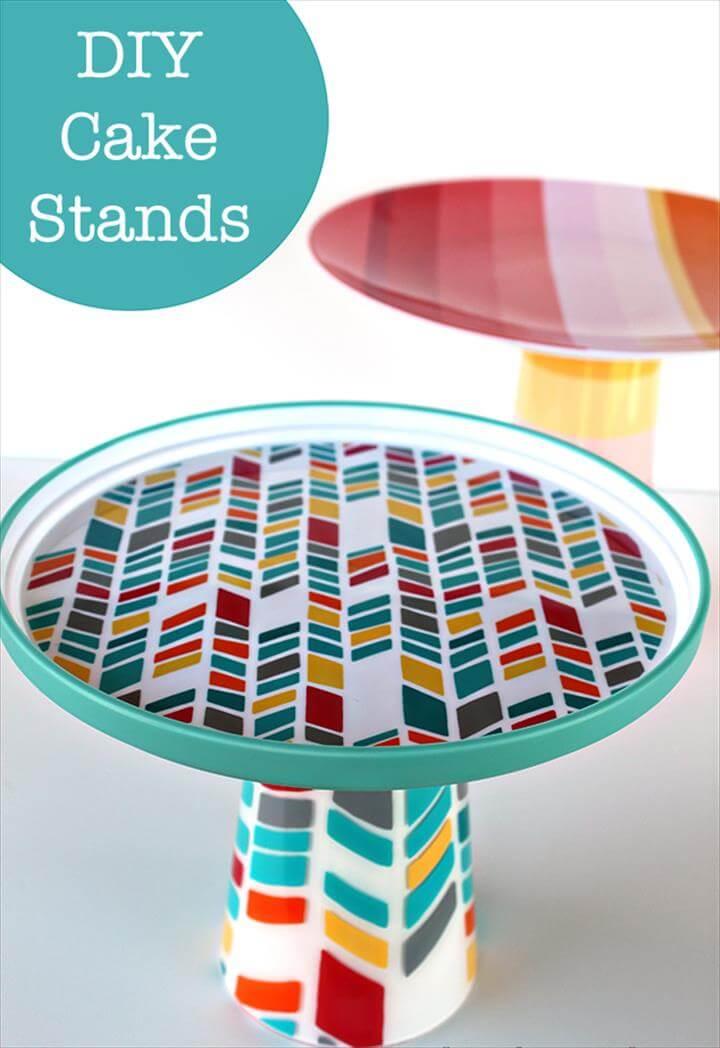 Plastic Pairs cake stand